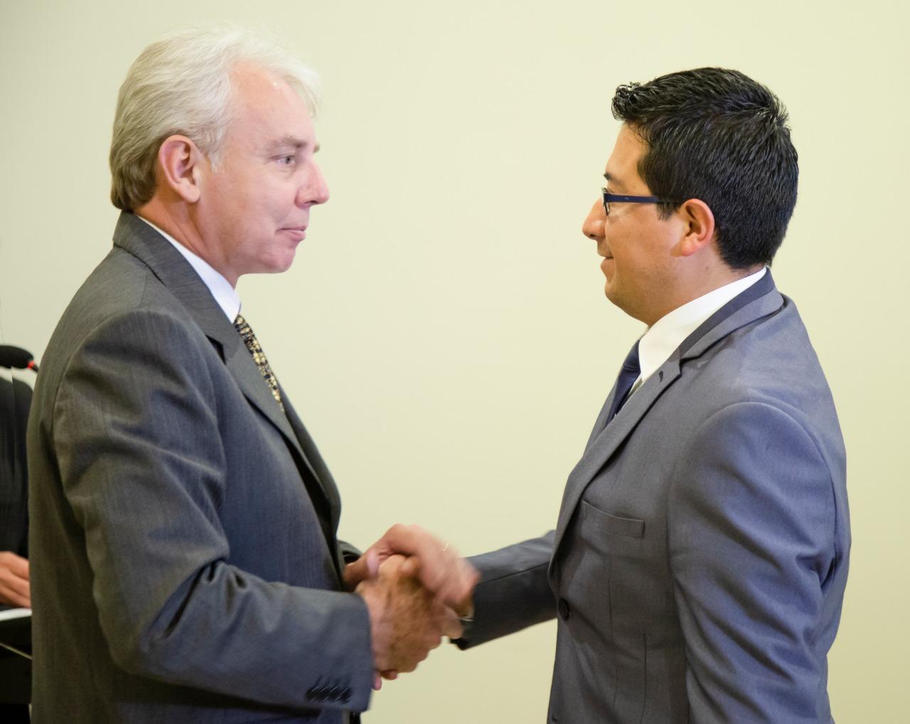 El Ministro de Planificación del Desarrollo, Carlos Melchor Díaz posesionó a Yuri Miranda Gonzales como nuevo director del INE.